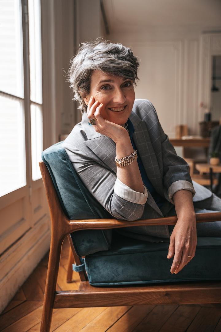 Affirmer votre style unique à 50 ans, grâce au Coaching de Chloé Crépin.